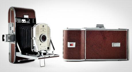 Primera cámara instantánea